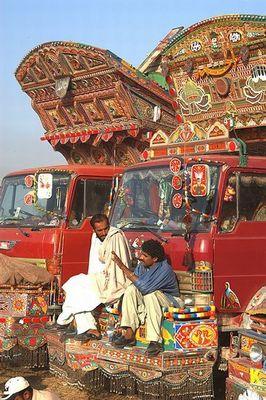 パキスタンのデコトラ17