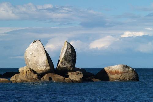 世界の岩16