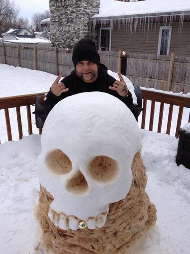 変わった雪だるま01