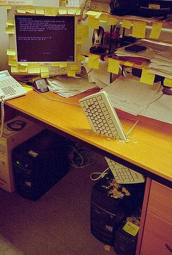 オフィスのイタズラA17