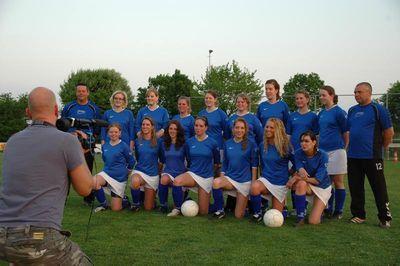 ミニスカート採用で人気沸騰…オランダの女子サッカー05