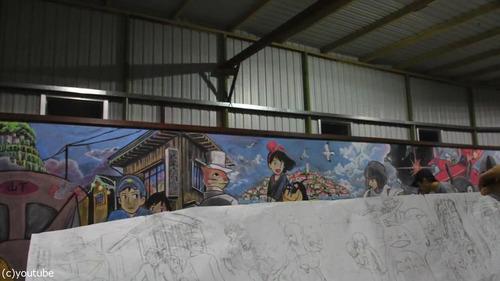 香港の女子高生が黒板に描くアニメ05