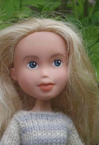 もし人形から化粧を取ったら02