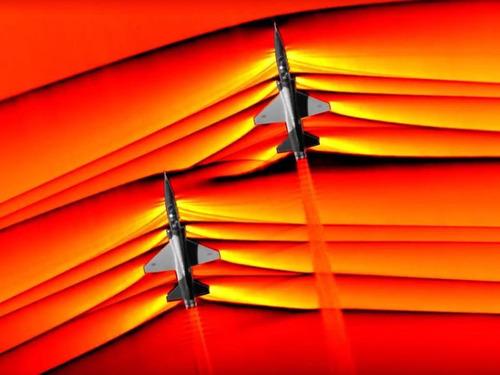 超音速機によるソニックブームの衝突00