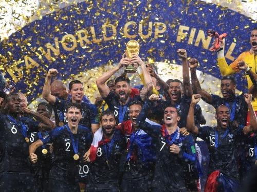 ワールドカップ後のフランスやクロアチア00