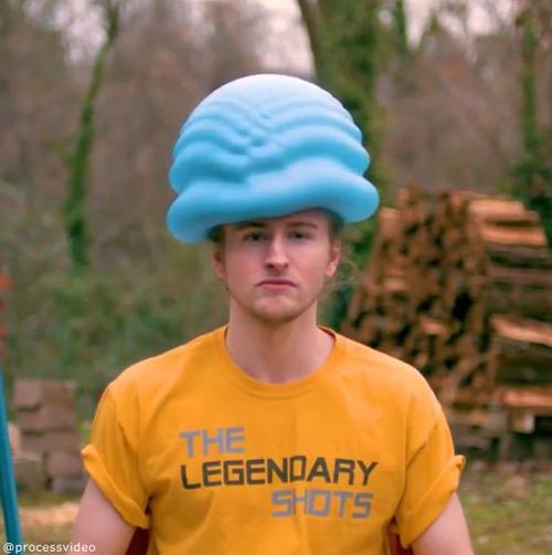 水風船が帽子みたいに03