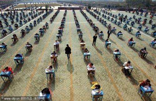 中国のカンニング防止策03