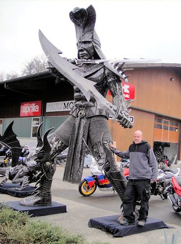 リサイクル彫像03