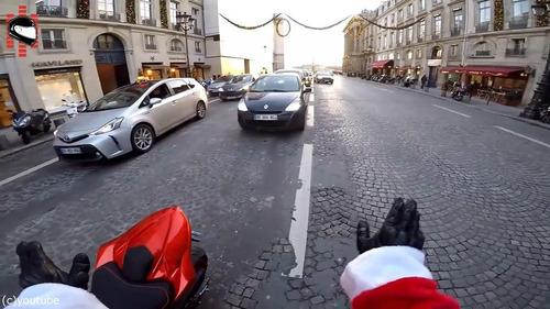 サンタのバイクがひき逃げ犯を追う13