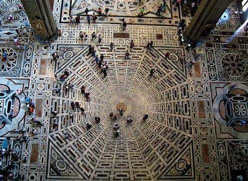 フィレンツェの大聖堂の模様04