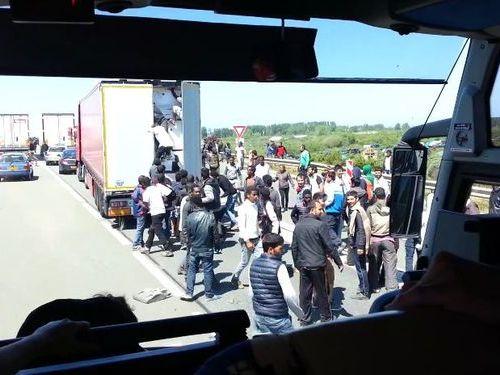 フランスの違法移民00