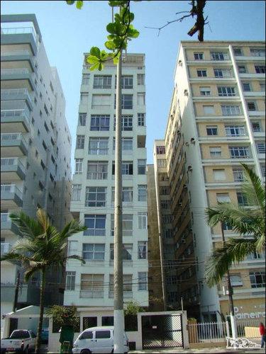 ブラジルの傾いたビル05
