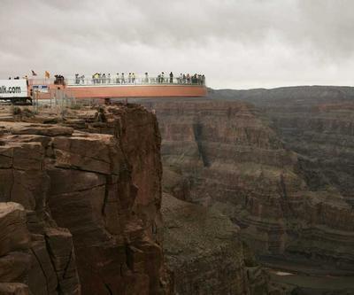 高所恐怖症は見ないほうがいい崖っぷち・ギリギリ画像G02