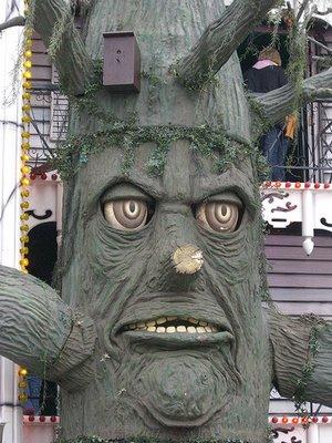世界の奇妙な木02