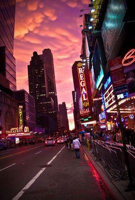 ニューヨークの空を埋め尽くした乳房雲04