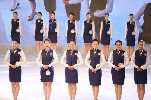 中国ではキャビンアテンダント志望の競争率が高い12
