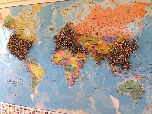 世界地図にピン08