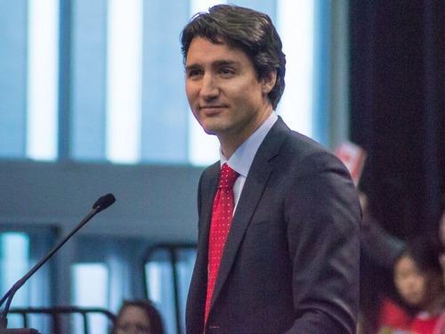 カナダ首相の靴下00