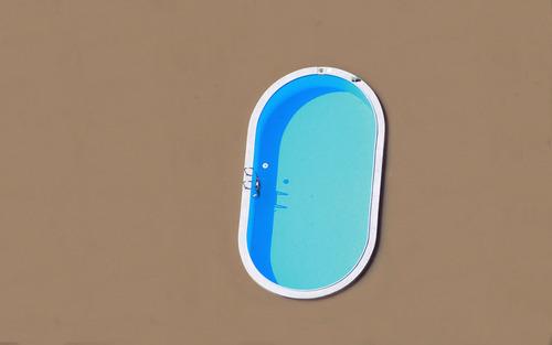 洪水に襲われた日のスイミングプール05
