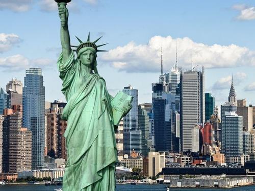 ニューヨークの窓のないビル00