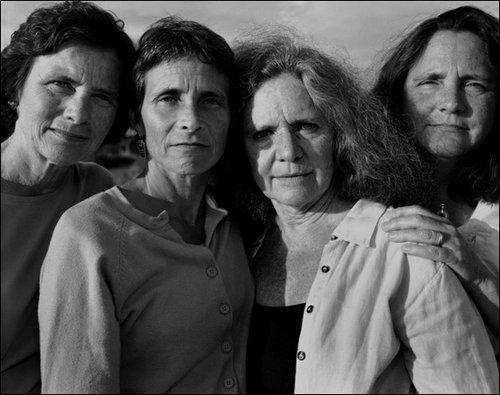 4人姉妹の毎年の写真33