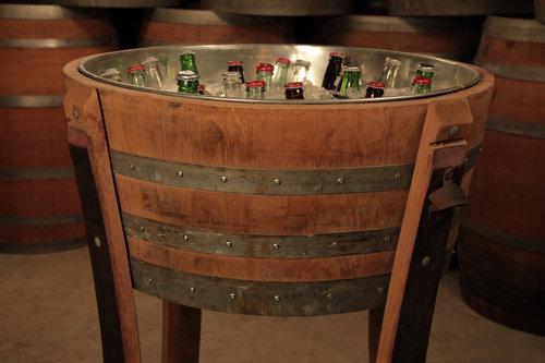 ワイン樽から作った家具08
