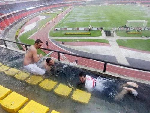 雨の日のサンパウロFCスタジアム01