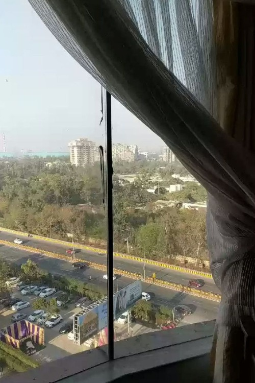 インドのホテルの窓01