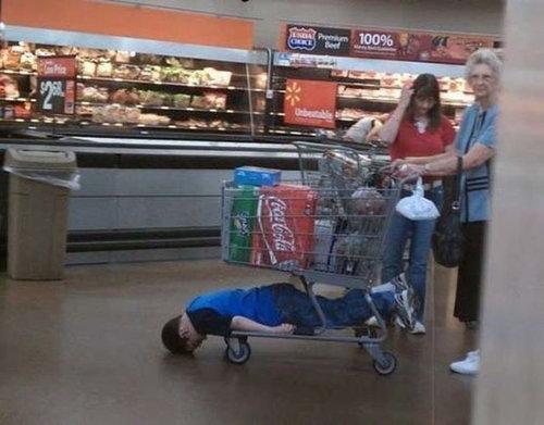 買い物が嫌いな子供たち06