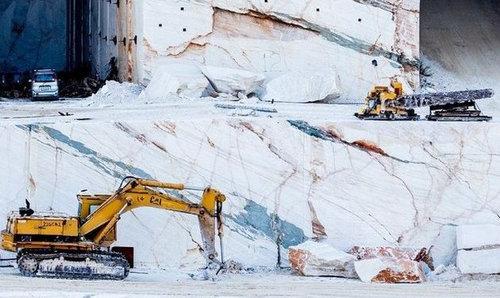 ギリシャの大理石の採掘場02