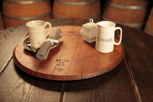 ワイン樽から作った家具18