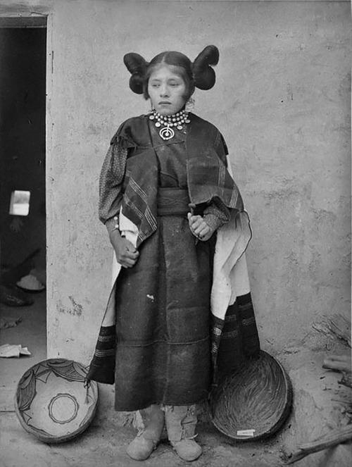 アメリカ先住民の女の子たち10