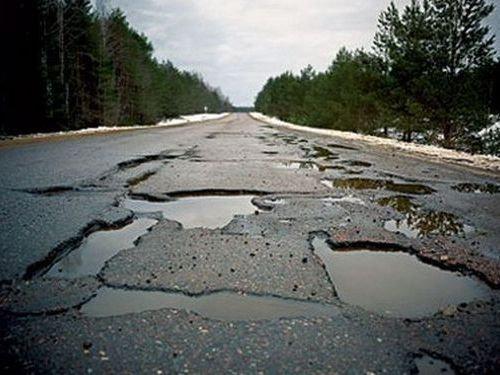 ロシア流の道路補修00