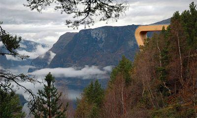 ノルウェーの展望台03