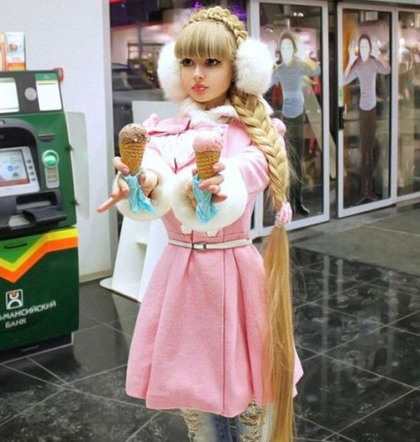 人形にしか見えない美女たち07