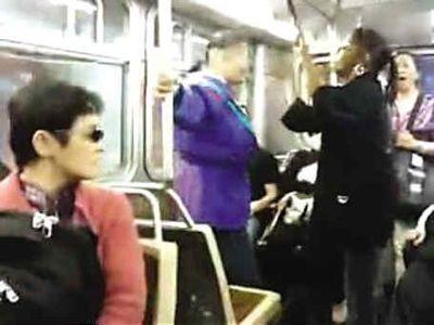 中国人と黒人の女性リアルファイト01