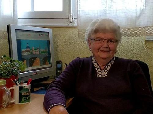 87歳のおばあちゃんがペイントで絵画00