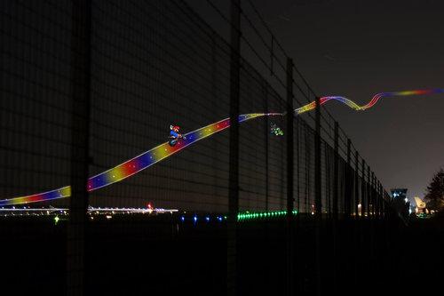 飛行機の離陸を長時間露光02