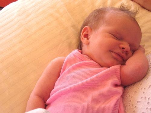 赤ちゃんが生まれたら必ずみんなが撮る写真13