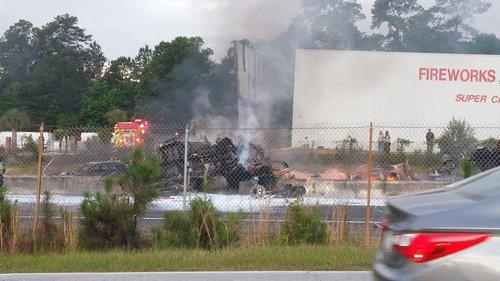 サウスカロライナ州でタンクローリーが爆発04