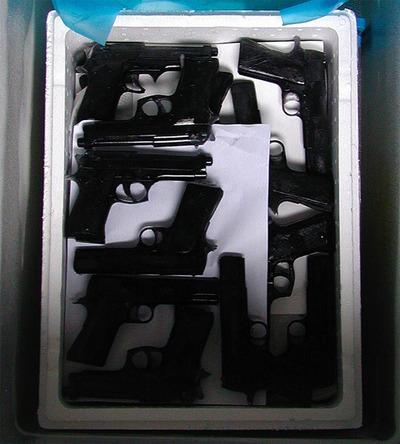 銃のアイスキャンデー04