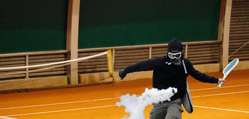 催涙弾の対抗手段09