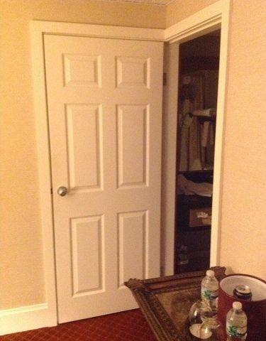 風呂とクローゼットがドアを兼用01