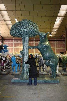 スペインの面白牛彫刻13