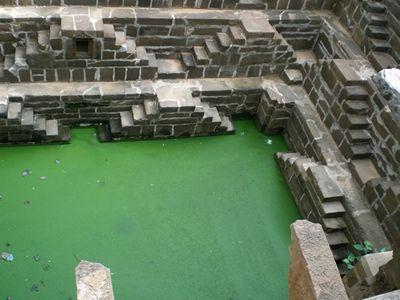 階段だらけのインドの井戸「Chand Baori」03
