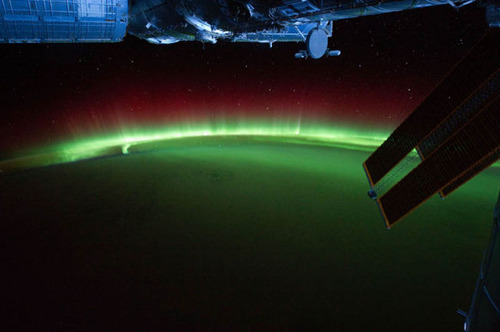 ISSから見た夜景01