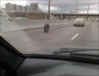 変な車12