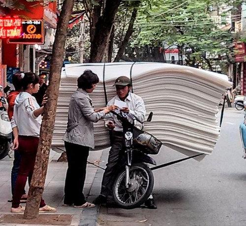 バイクで物を運ぶ限界18