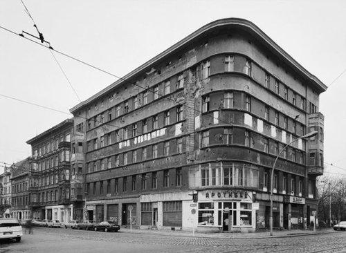 東ドイツの10年の変化29