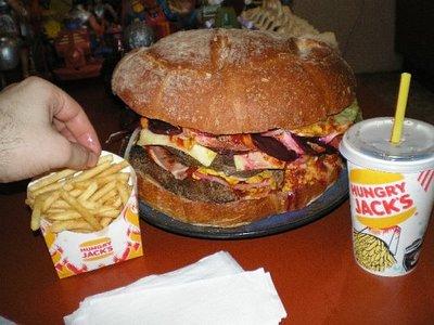 巨大ハンバーガー15